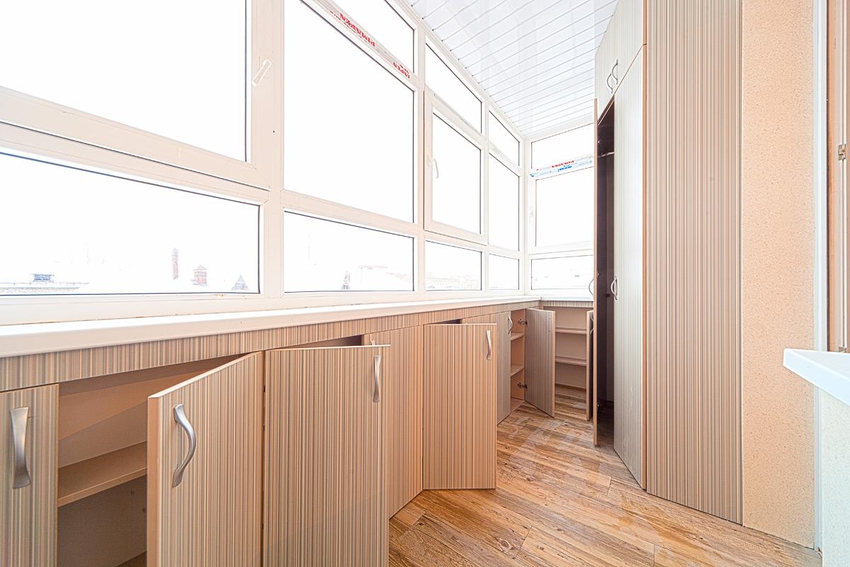Дизайн расположения мебели утепленных лоджий.